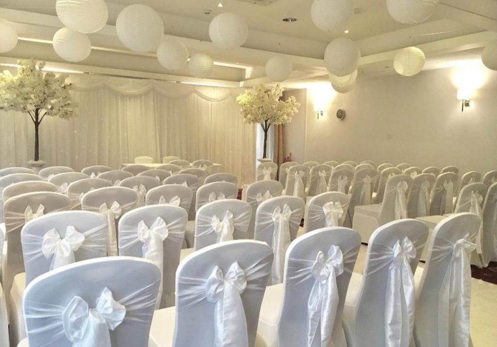 Paper Lanterns Supplied by Tracy Williamson Design